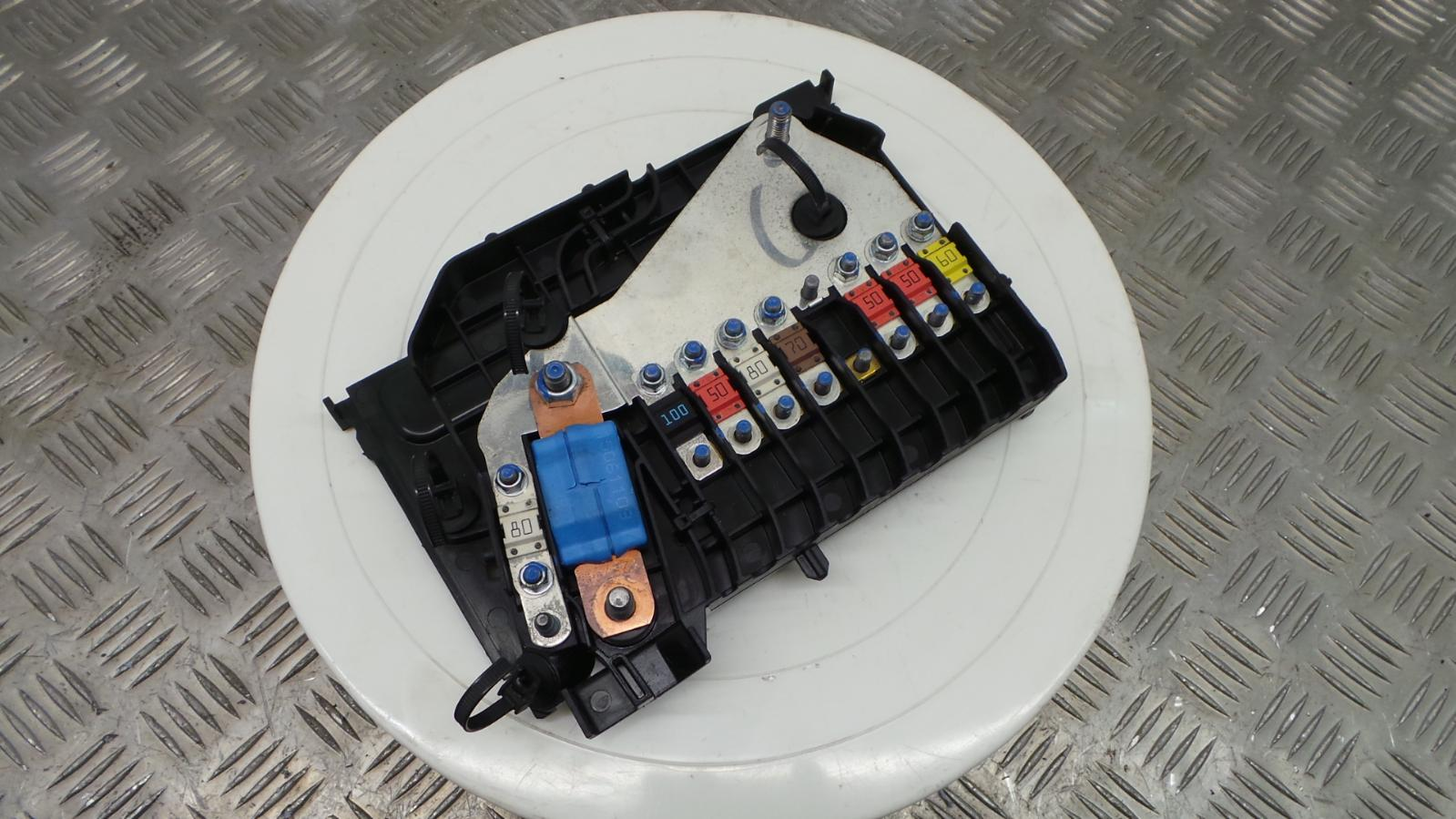 Ford Focus Style Fuse Box : Ford focus mk tdci battery fuse box ebay
