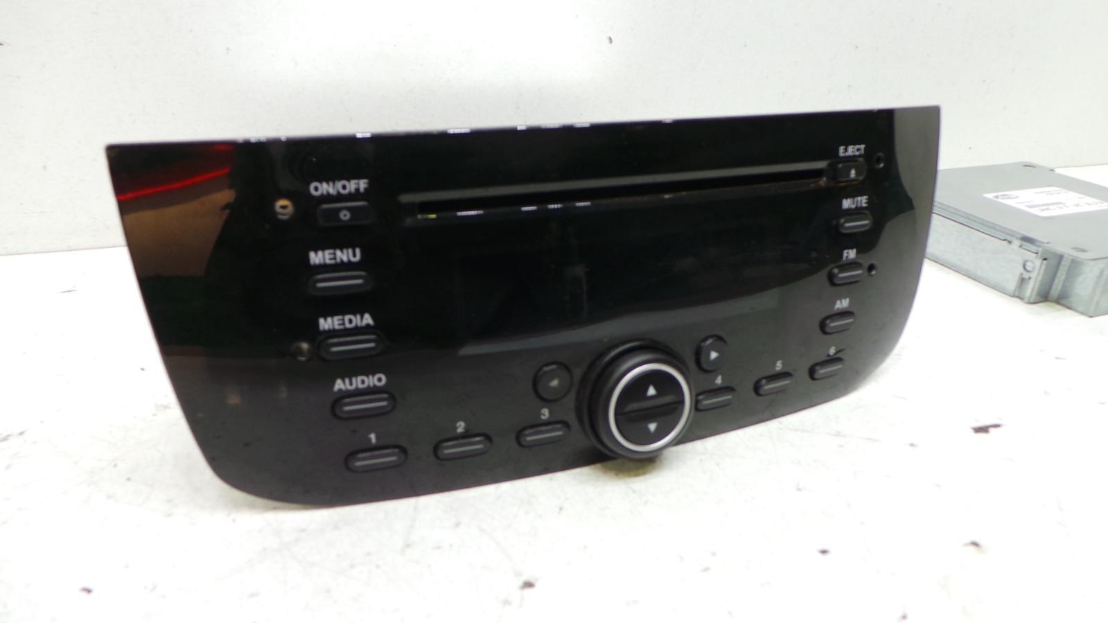 2010 fiat punto evo cd player radio radio ecu. Black Bedroom Furniture Sets. Home Design Ideas